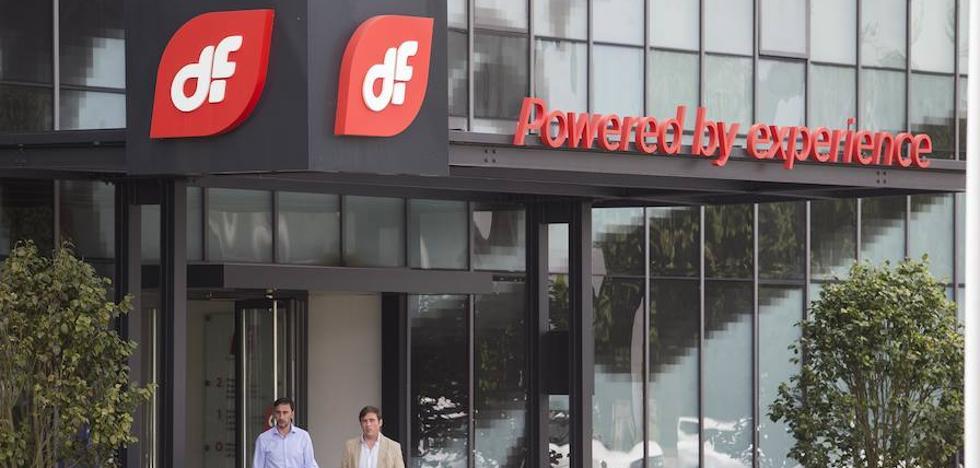 Del Valle propondrá el jueves a la banca cesar en su cargo para desbloquear las ayudas