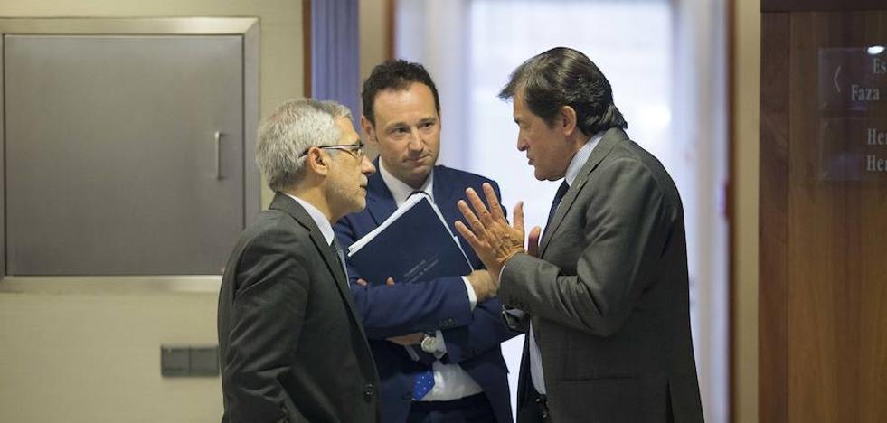 El PSOE acerca posturas con IU para incentivar la inversión en sus concejos