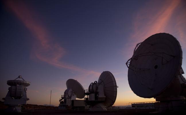 ALMA detecta hasta 19 compuestos químicos en el centro de una galaxia