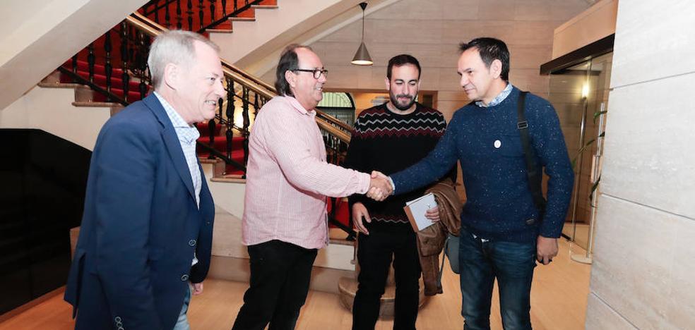 Gijón pedirá al Principado «avanzar en la oficialidad» con una reforma estatutaria