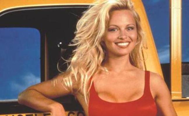 La polémica opinión de Pamela Anderson sobre la independencia