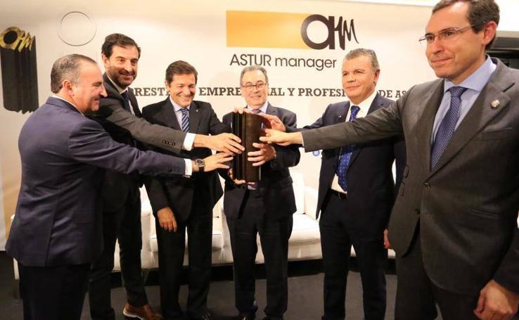 Sabino García Vallina, presidente de TSK, galardonado por Astur Manager