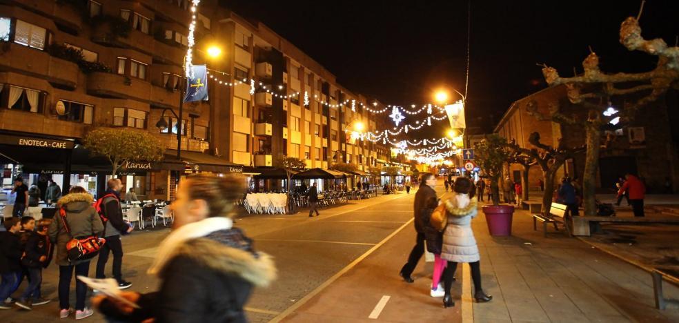Castricom coordinará la campaña de iluminación de las calles esta Navidad