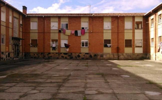 La recuperación de los tres primeros patios de La Camocha costará 200.000 euros