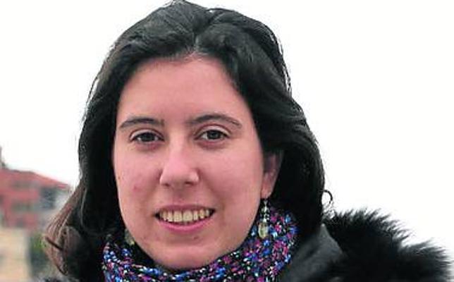 Laura Fernández gana el Ángel González de investigación literaria