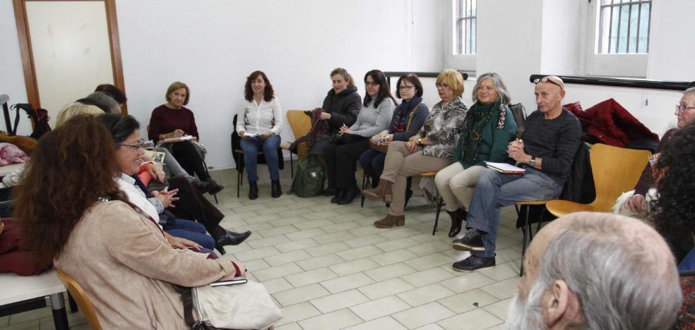 Primera reunión de lectores en Piedras Blancas