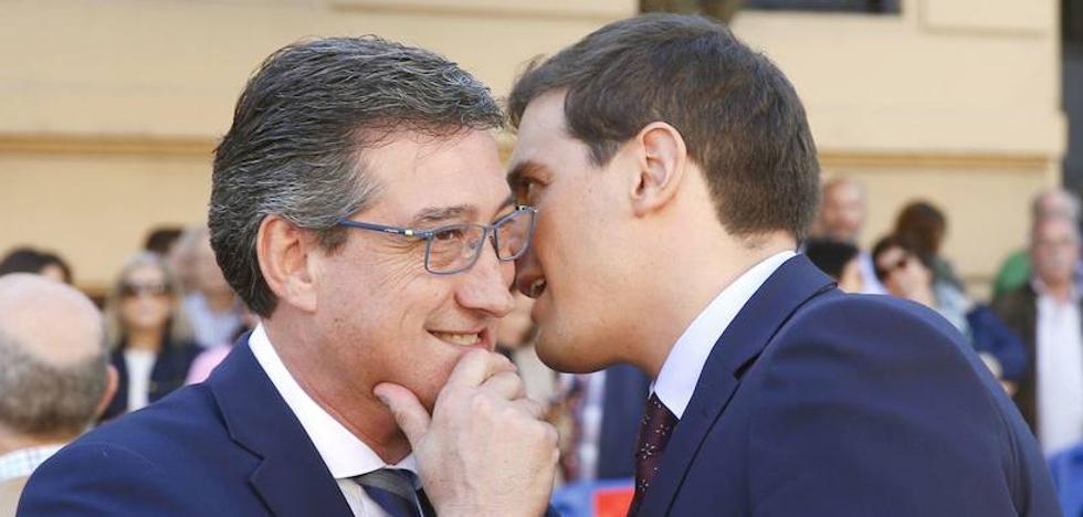 Prendes lamenta que la FSA apoye «esa política nacionalista» sobre la oficialidad del asturiano