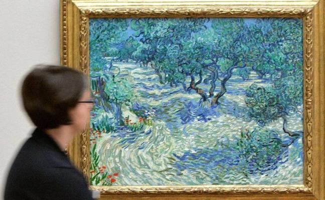 La curiosa historia detrás del saltamontes incrustado en un cuadro de Van Gogh durante 128 años