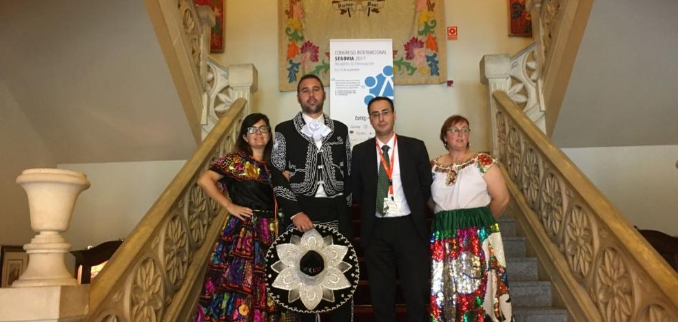 La Feria de Indianos se vende ante alcaldes españoles y franceses