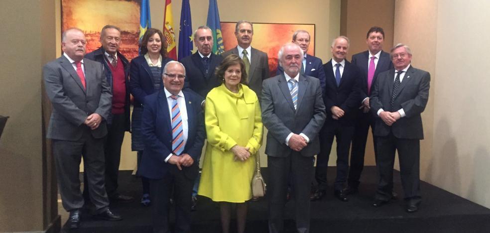 La Fundación Marino Gutiérrez Suárez premia a Víctor Manuel
