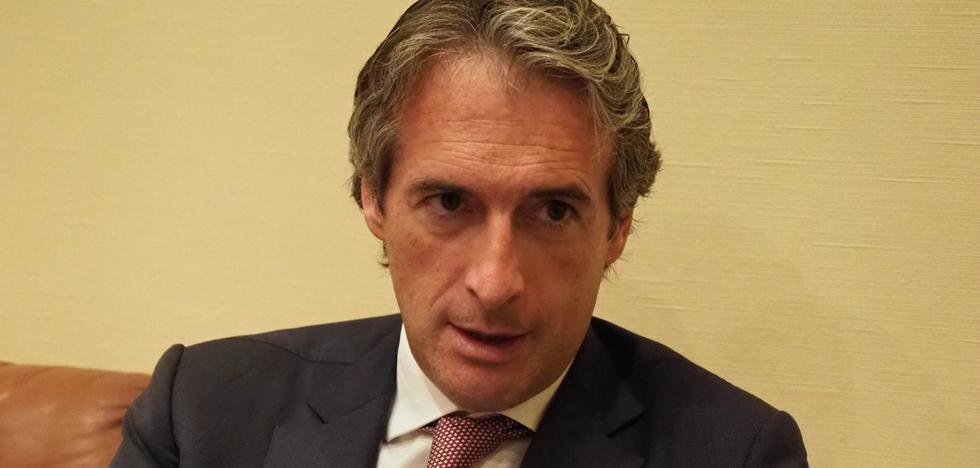 Íñigo de la Serna asegura que la alta velocidad llegará a Santander en 2023