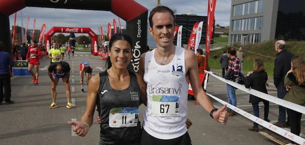 Guillermo García y Lorena Terrones se imponen en la Milla del Conocimiento