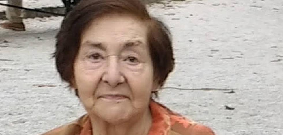 Muere a los 88 años Rosalía Oliver, alma máter de la Biblioteca Jovellanos durante décadas