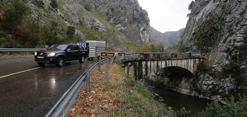 Las obras de ensanche del Desfiladero de La Hermida se reanudan este lunes