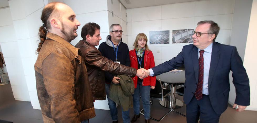 Sanidad renovará el acuerdo para dar tratamiento especializado a los intoxicados por mercurio de AZSA