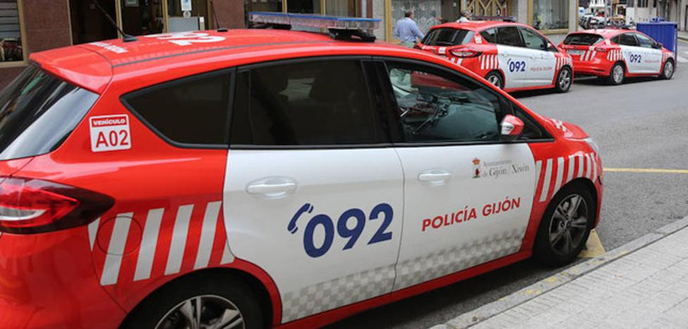 Detenido un hombre en Gijón por agredir a su mujer y a su hijo