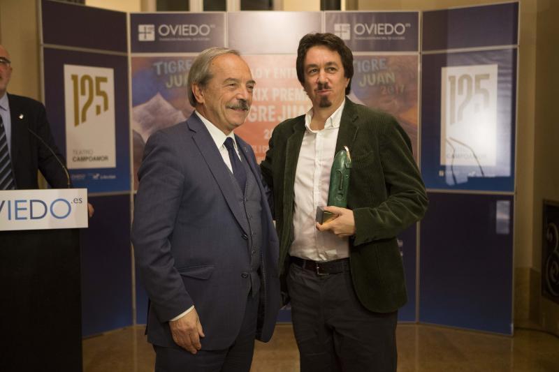 Pedro Mairal gana el premio 'Tigre Juan'