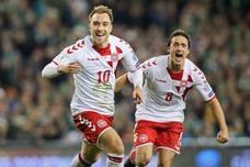 Dinamarca sella el billete con un 'hat-trick' de Eriksen