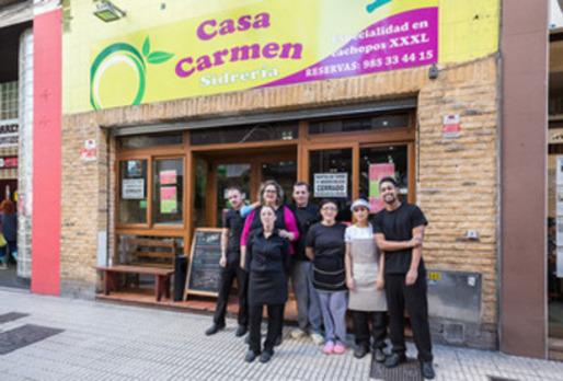 Disfruta del cachopo de Casa Carmen en Gijón
