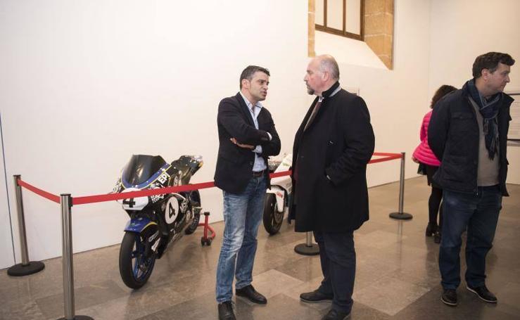 Una exposición repasa los logros de la Universidad de Oviedo en MotoStudent
