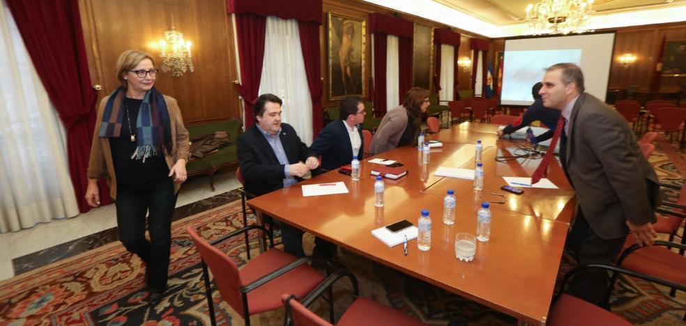 Ayuntamiento, FADE y sindicatos estudian un plan concertado con más de 140 millones