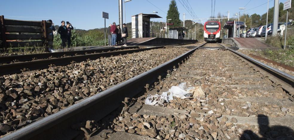 El hombre de 90 años arrollado por un tren en Oviedo no se percató de la llegada del convoy