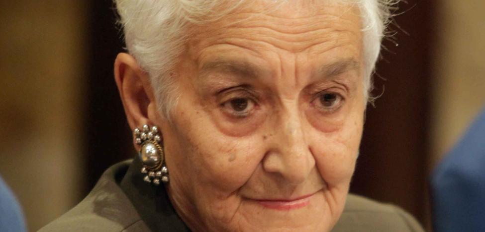 Hilda Farfante, galardonada con el Premio a las Libertades Rafael del Riego