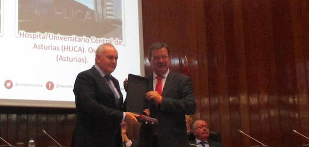 El HUCA recibe el premio de la revista New Medical Economics al hospital público con mejor gestión