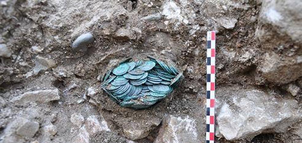 Enigmático descubrimiento de un tesoro medieval en la Abadía de Cluny
