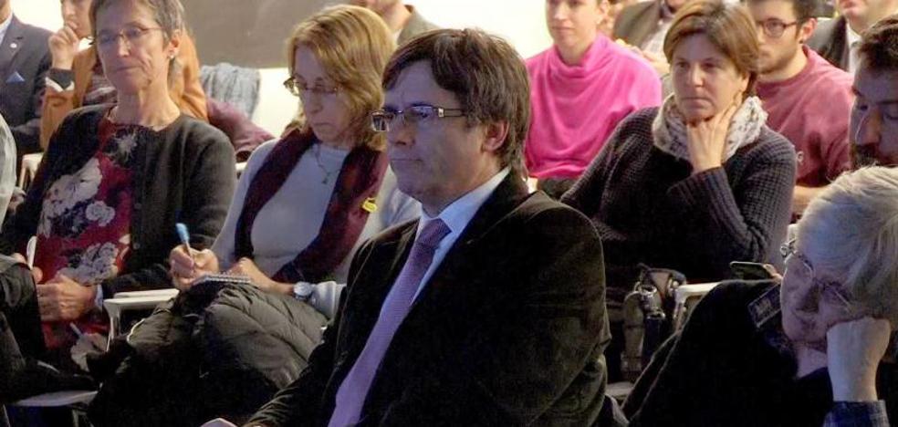 Puigdemont pedirá a Rajoy y a la UE una «nueva etapa de diálogo» si gana el 21-D