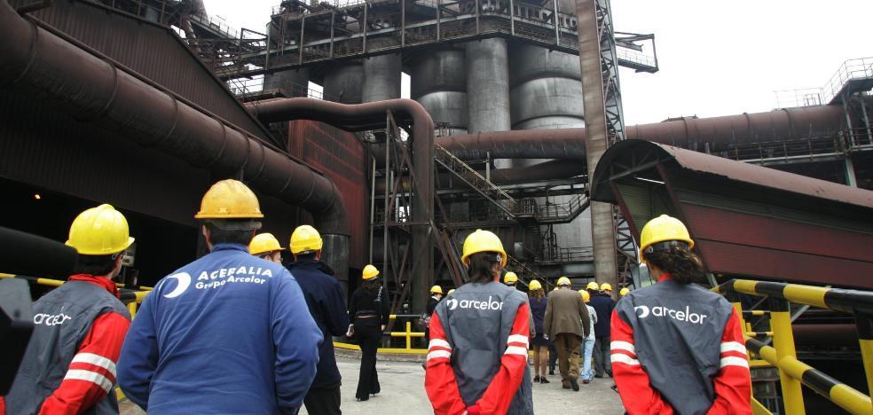 Los empresarios critican las acusaciones «sin datos irrefutables» contra Arcelor