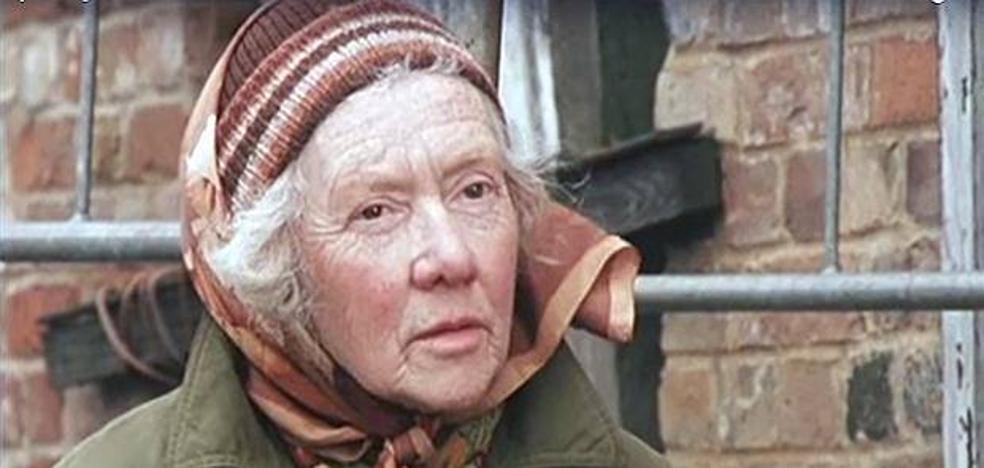 La conmovedora historia de la anciana que movió su casa para evitar que la derribasen