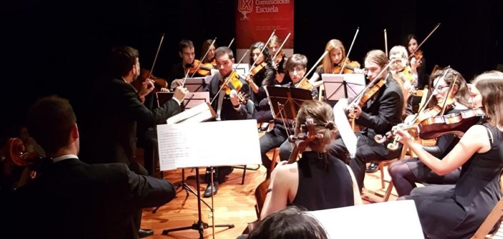 El IX Foro Comunicación y Escuela se despide a ritmo de música clásica