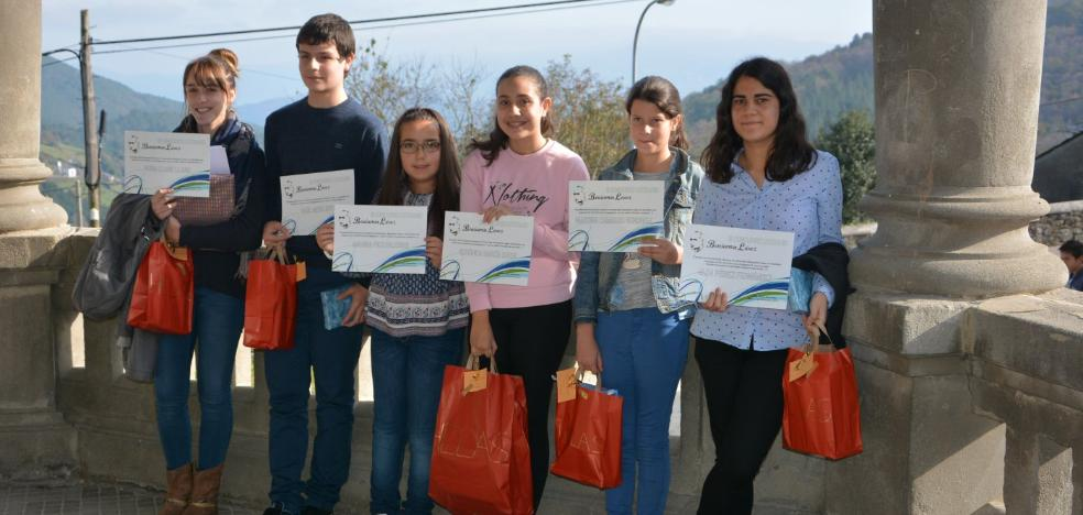 María Pico y Nuria Llano premios del concurso literario Benjamín López