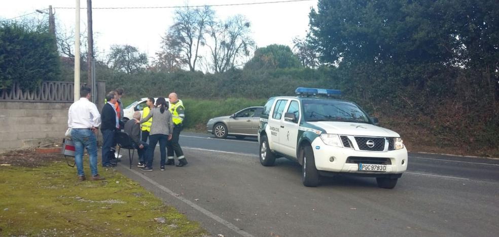Herido un conductor en la carretera de la Pola