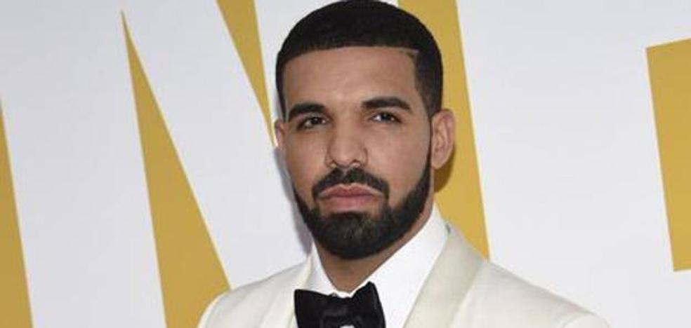 Drake: «Si no dejas de manosear a las chicas, iré y te patearé el culo»