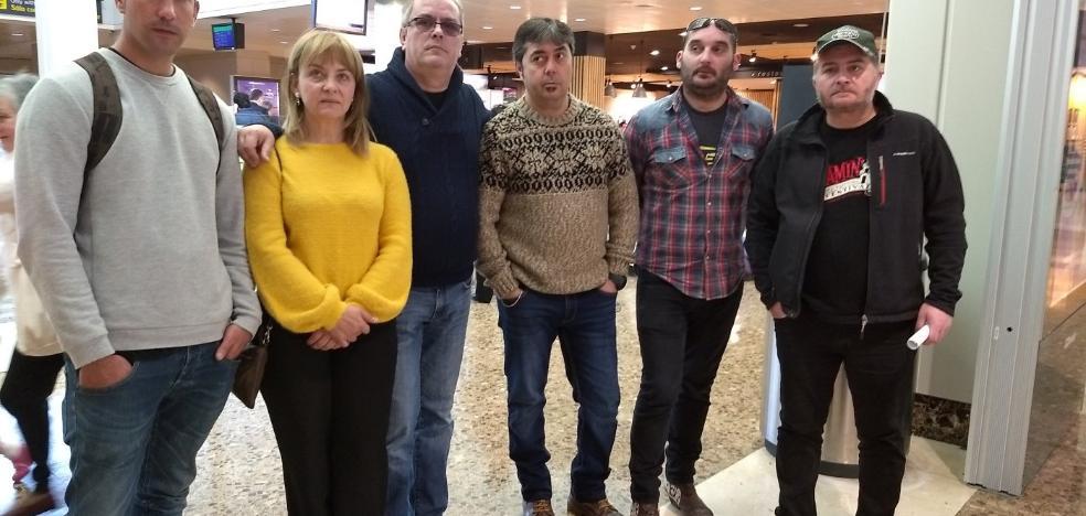 Un grupo de intoxicados en AZSA lleva su reivindicación a la Eurocámara