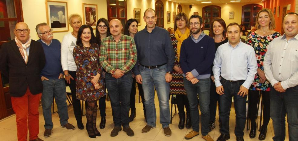 Huerga renueva la mitad de su equipo para seguir liderando el PSOE en Avilés