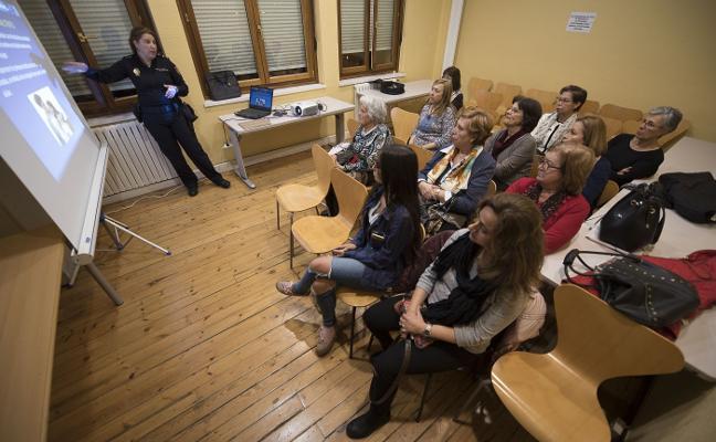 Las mujeres en las casas de acogida, cada vez más jóvenes
