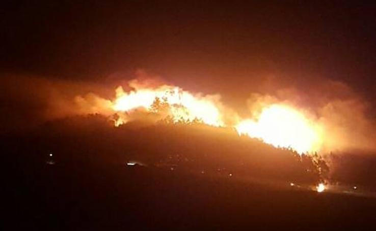 Incendios en Illas y Corvera