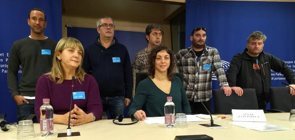 Los intoxicados por mercurio llegan al Parlamento Europeo