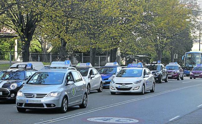 Cerca de 8.000 alumnos asturianos pendientes del examen de conducir
