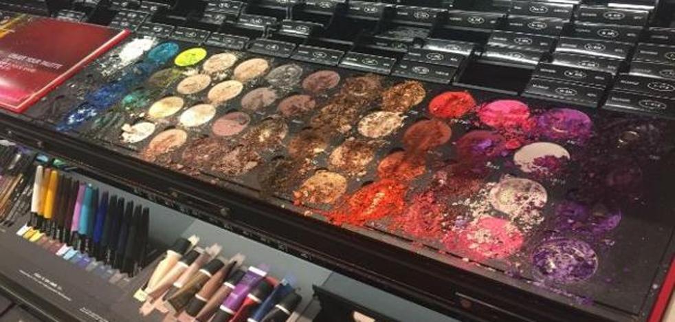 Un niño destroza 1.100 euros de maquillaje en una tienda de Sephora