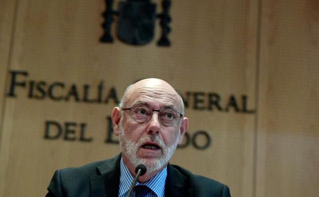 La Fiscalía de Barcelona investiga los tuits ofensivos contra Maza por incitar al odio