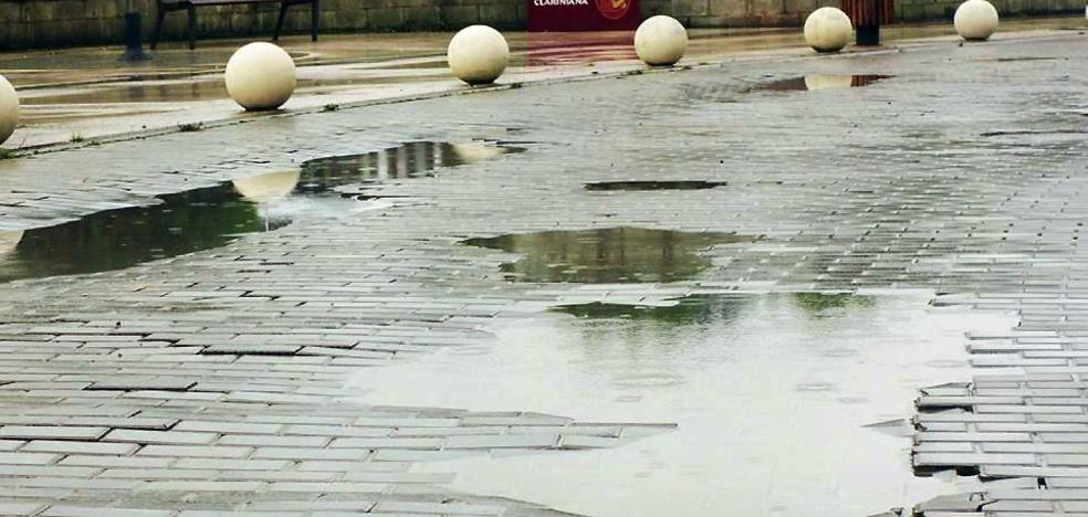 El PP acusa al PSOE y Somos de olvidarse de la reparación del paseo marítimo de Candás