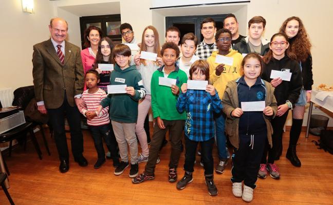 La Fundación Alvargonzález beca a 16 estudiantes
