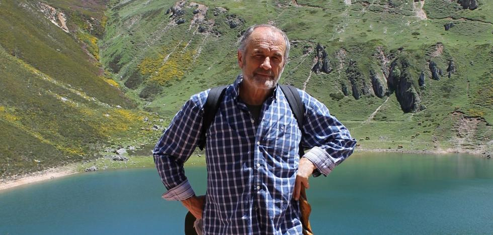 La UNED homenajea al antropólogo Adolfo García Martínez