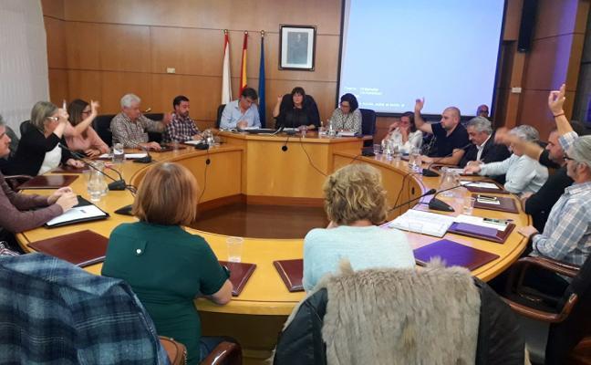 La alcaldesa aclara al PP que Candás tendrá proyecto para el paseo y no solo un rebacheo