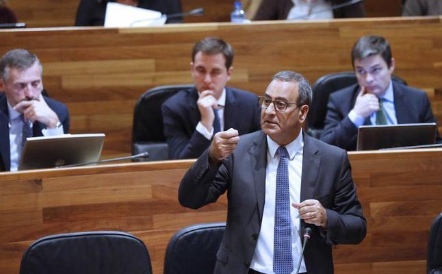 Fernando Lastra critica que el PSOE facilite a Rajoy sus presupuestos y enoja al 'sanchismo'