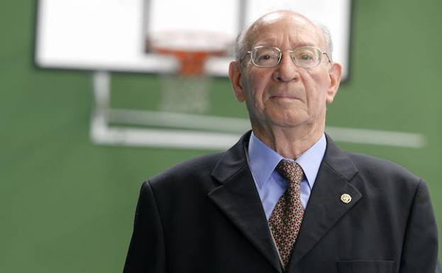 Fallece a los 76 años el jesuita Pachi Cuesta, un referente en la Inmaculada en Gijón